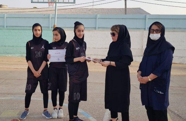 مسابقات بسکتبال سه به سه  بانوان شهرستان مسجدسلیمان  برگزار شد