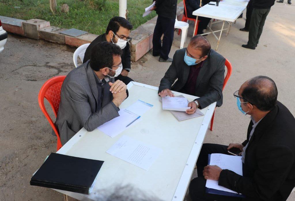 میز خدمت و تسهیل در انجام امور شهروندان