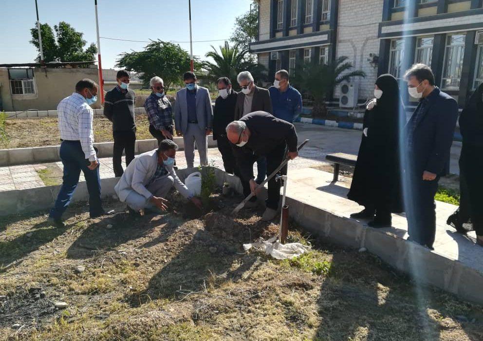 بازدید رییس دانشگاه پیام نور استان خوزستان از مرکز بهبهان