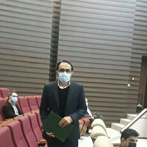 مراسم گرامیداشت هفته پژوهش و تقدیر از دکتر یوسفی حاجی آباد بعنوان پژوهشگر برتر شهرستان دزفول